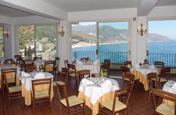 Hotel bay palace giardini naxos taormina it lie 2018 specialista na it lii ck cicala - Hotel la riva giardini naxos ...
