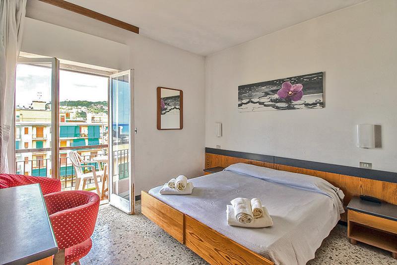 Hotel Cristal Diano Marina